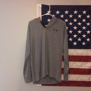 Under armor men's long sleeved hooded t-shirt